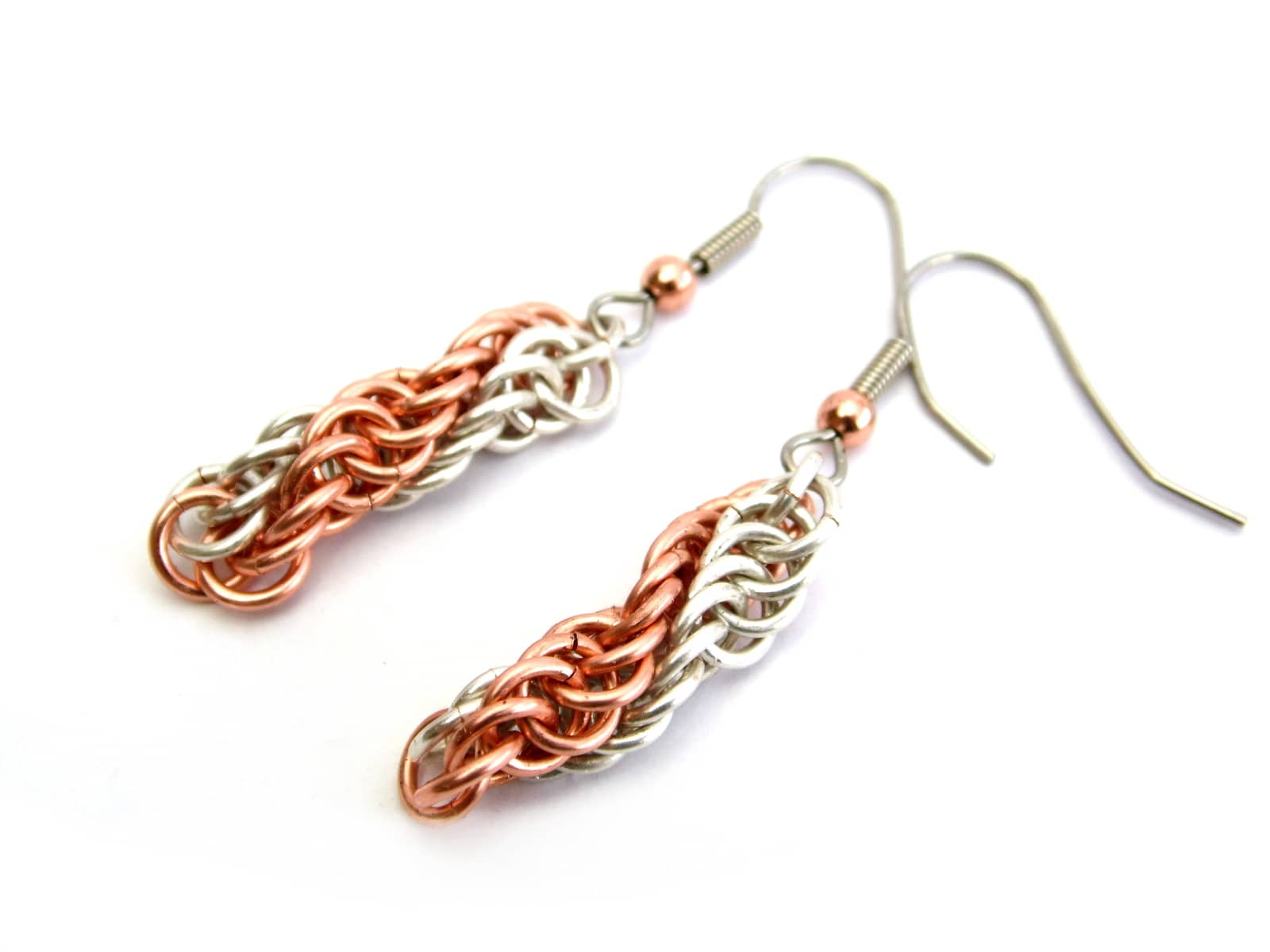 Kolczyki chainmaille dwukolorowe spiralki