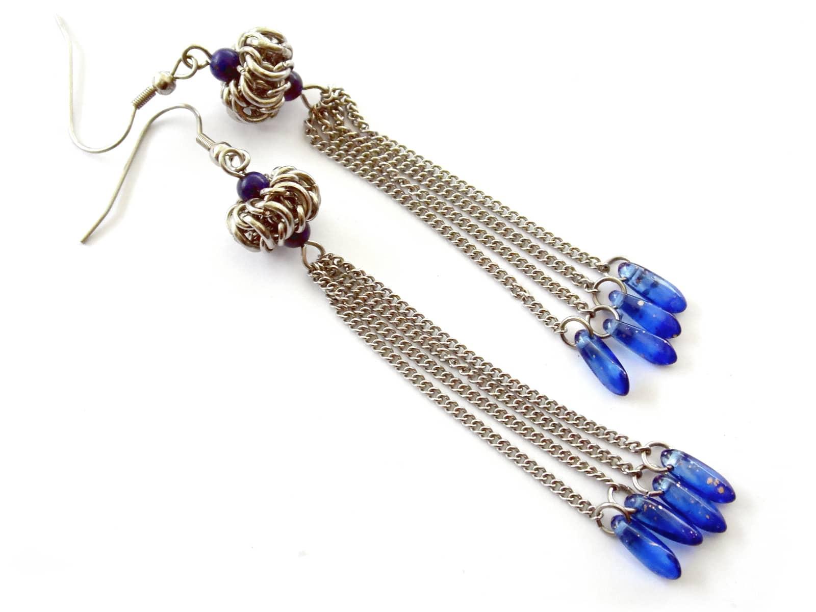 Długie kolczyki chainmaille z łańcuszkowymi chwostami