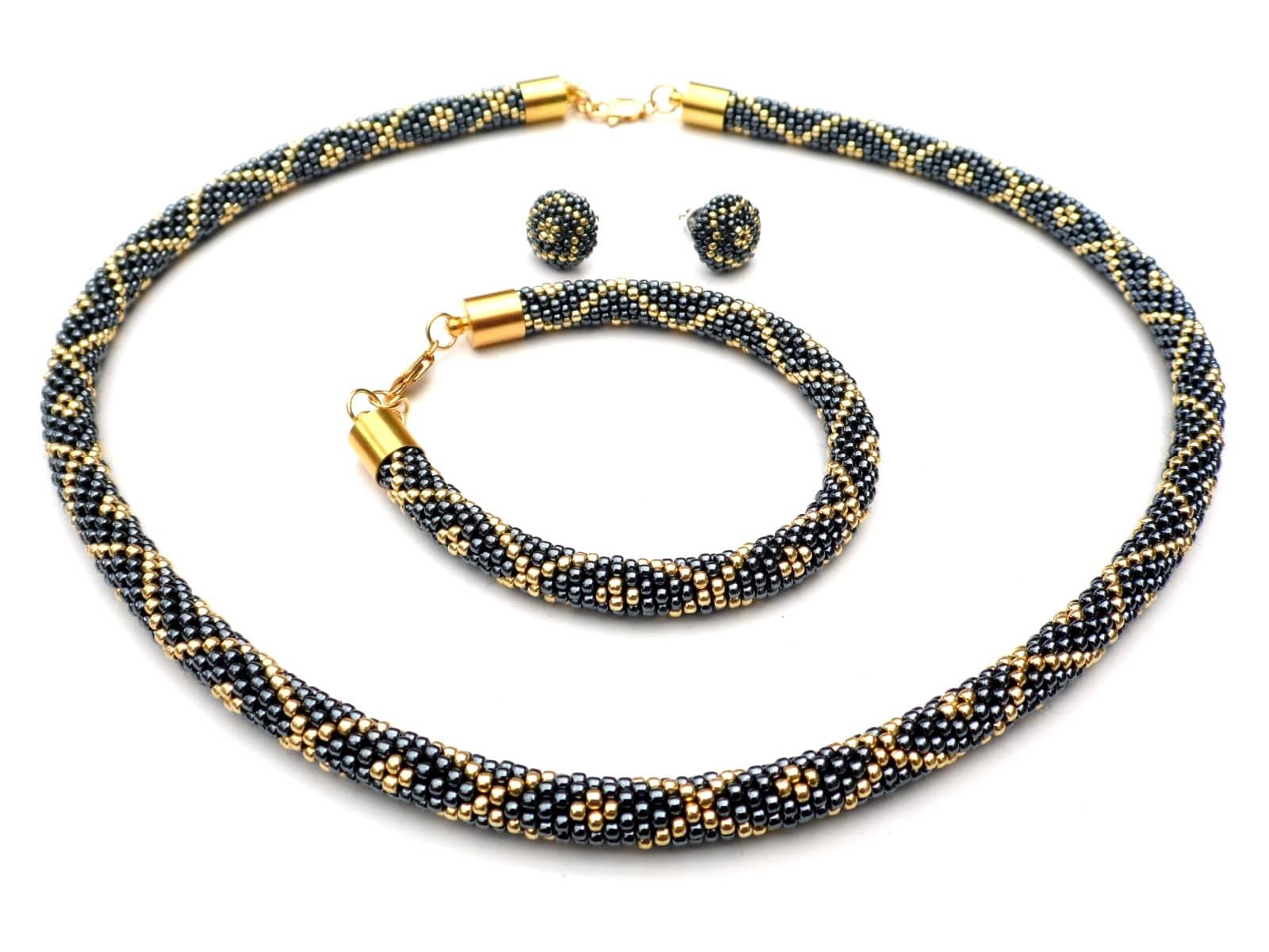 Komplet koralikowy złoto-hematytowy wykonany techniką bead crochet
