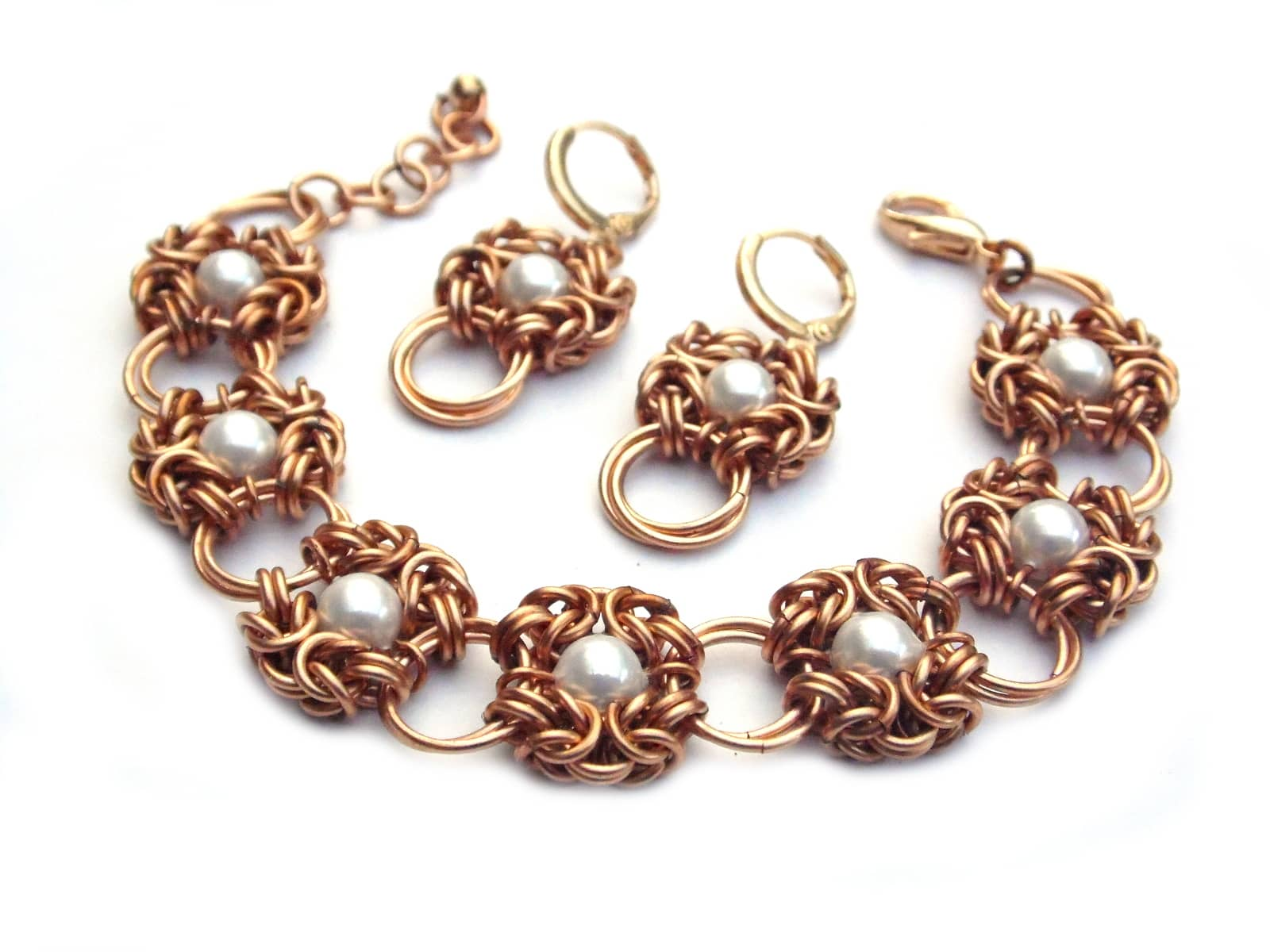 Komplet chainmaille z brązu z perłami