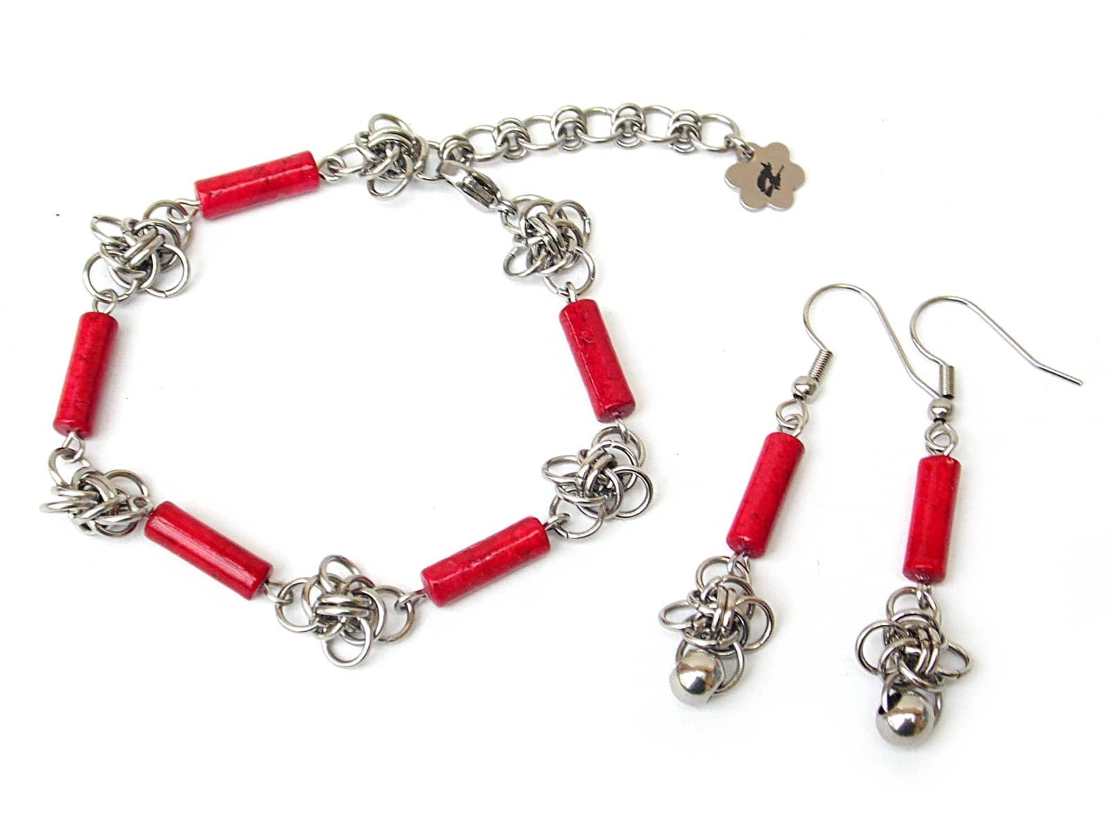 Komplet chainmaille (bransoletka i kolczyki) z pałeczkami czerwonego marmuru