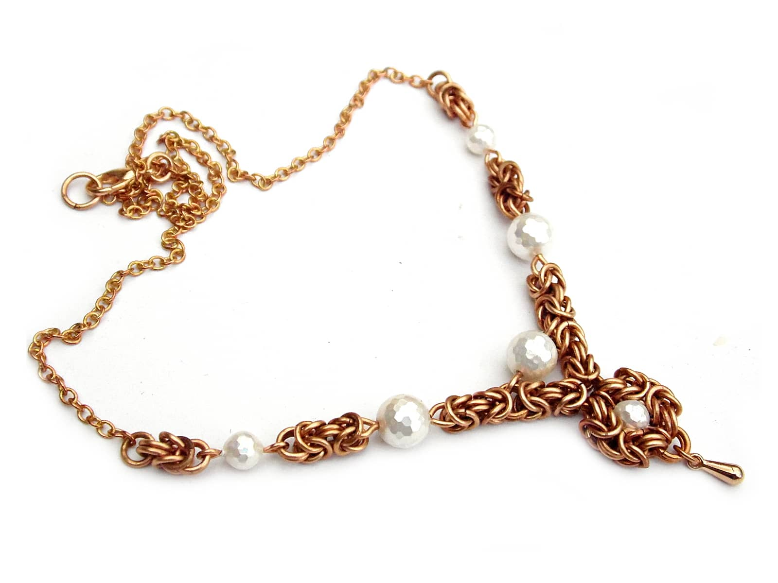 Naszyjnik chainmaille z brązu z perłami