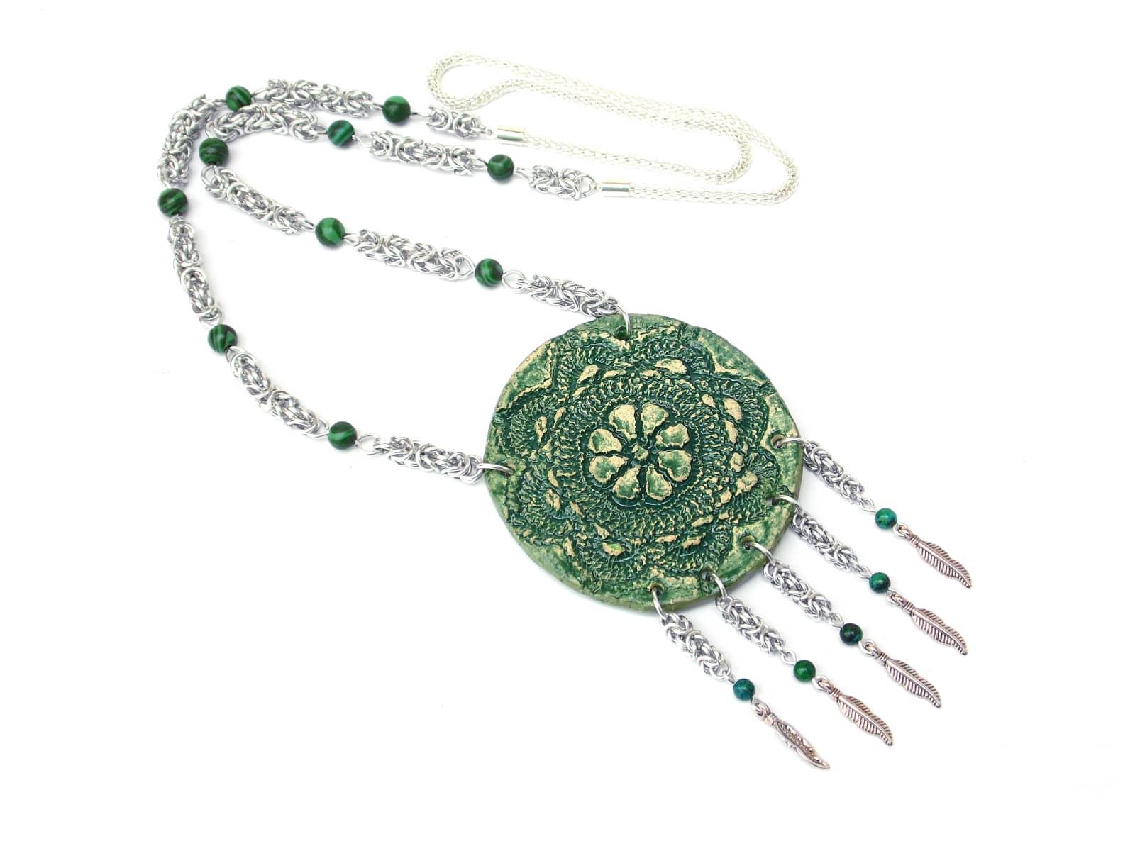 Naszyjnik chainmaille z ceramiką - zielony łapacz snów