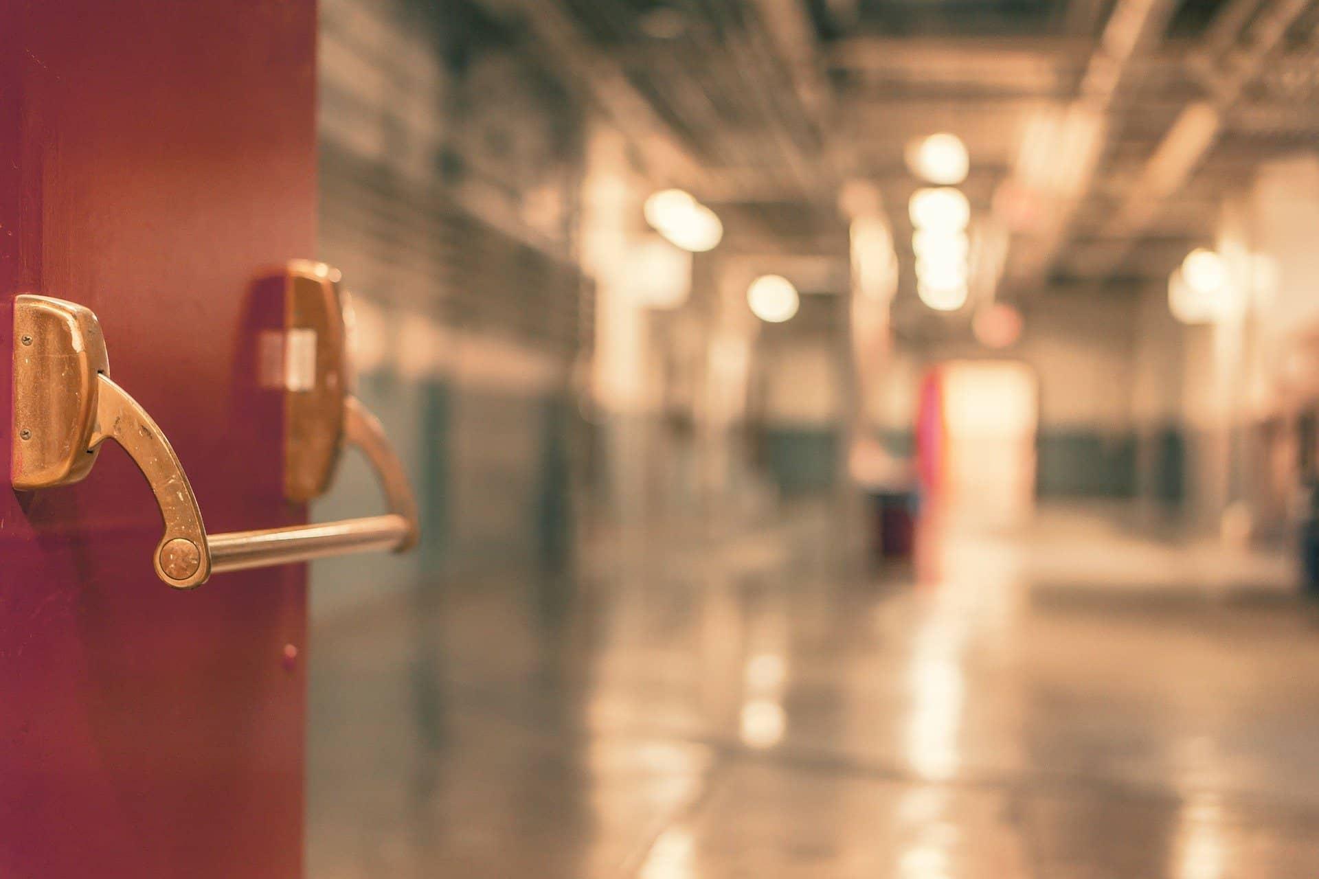 Miedziany uchwyt w szpitalu (pixabay)