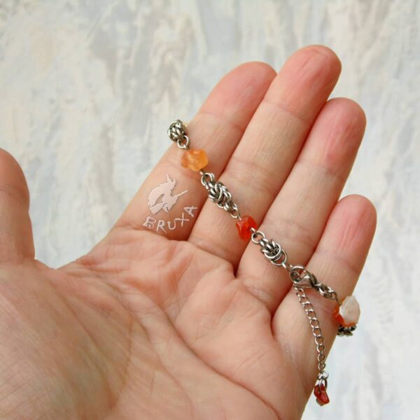 bransoletka chainmaille z kolekcji Sauvage z karneolem