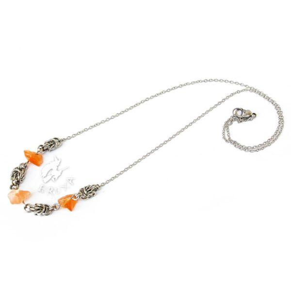 naszyjnik chainmaille z kolekcji Sauvage z karneolem