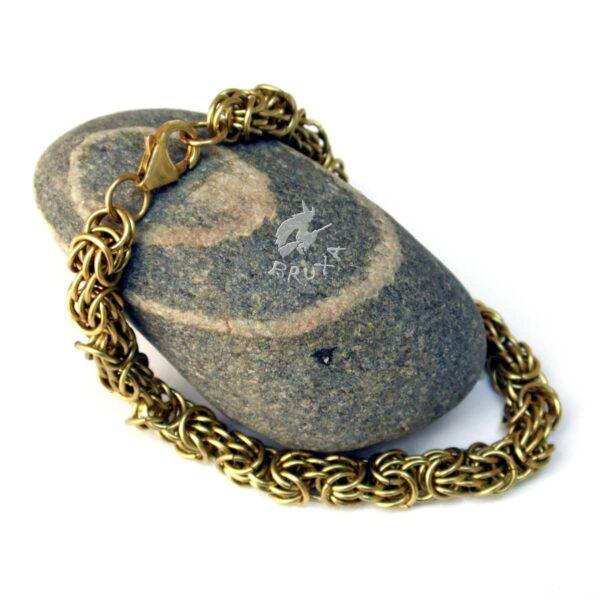 Misterna bransoletka chainmaille z mosiądzu wypleciona splotem Trizantine
