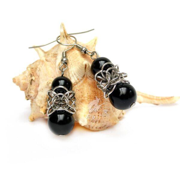 Kolczyki chainmaille Lukrecja z black stone