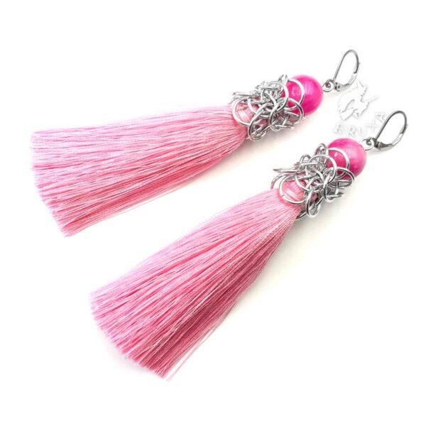 Długie różowe kolczyki chainmaille z chwostem