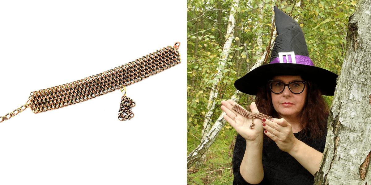 Szeroka bransoleta chainmaille z charmsem z miedzi i mosiądzu wykonana do projektu Magia Druidów dla WOŚP 2021