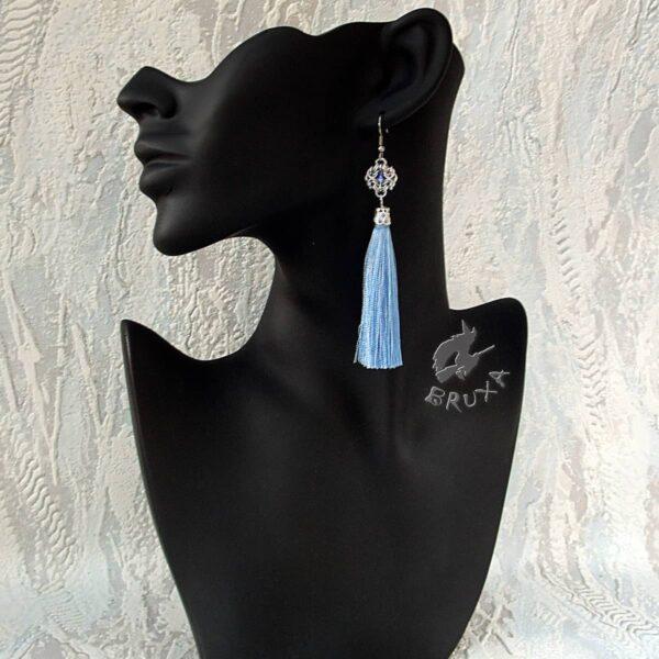 Naszyjnik chainmaille z kolekcji Glamour, z niebieskim chwostem