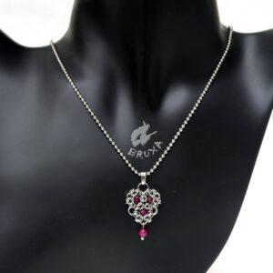 Naszyjnik-wisiorek chainmaille ze stali chirurgicznej z naturalnymi rubinami