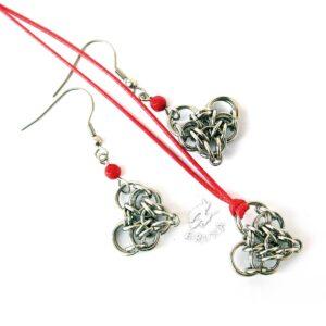 Komplet biżuterii chainmaille z sercami i czerwonymi akcentami