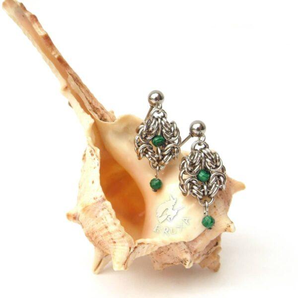 Eleganckie kolczyki ze stali chirurgicznej z malachitem