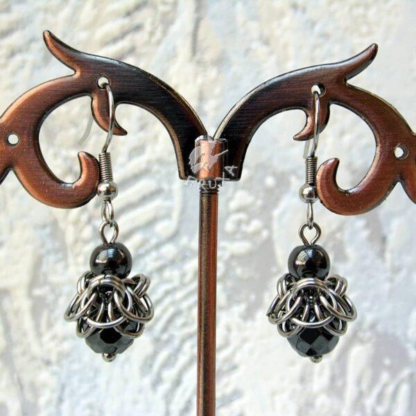 Kolczyki chainmaille ze stali chirurgicznej z hematytem