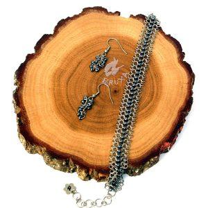 komplet biżuterii chainmaille z hematytowymi koralikami
