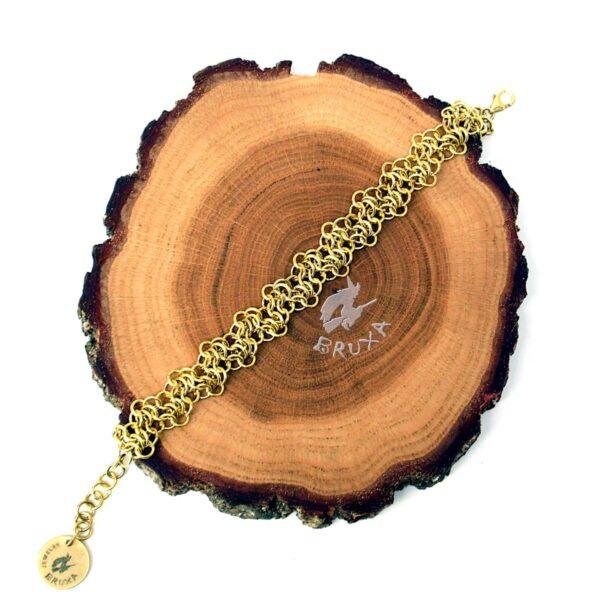 Mosiężna bransoletka chainmaille w formie zygzaka