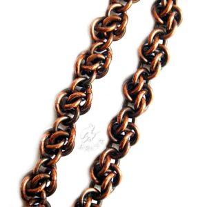 Miedziana bransoletka chainmaille - zbliżenie na splot